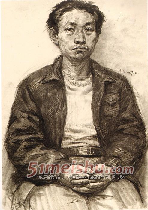 央美视界 央美附中坚实教学与考前实践 男青年正面半身像素描