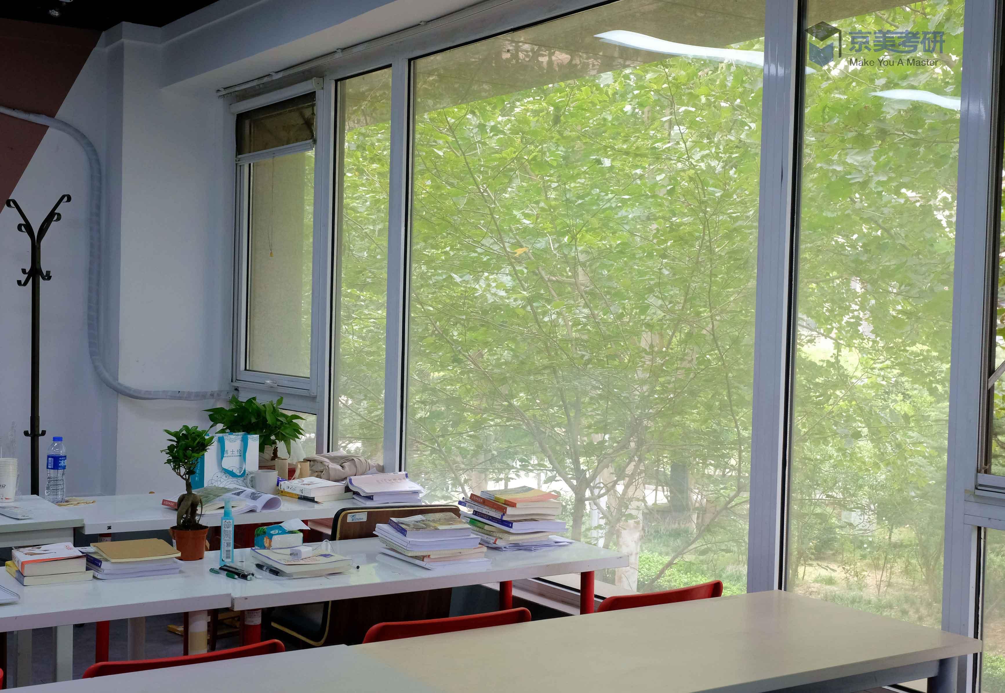教室4.jpg
